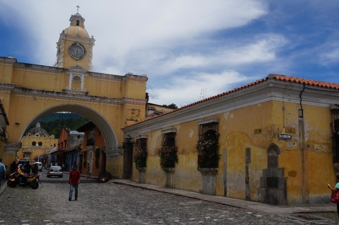 The iconic landmark - Saint Catalina Arch