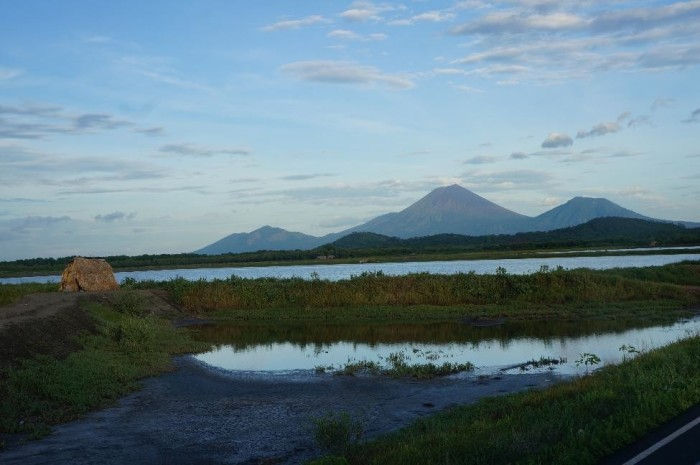 Typical countryside view in Nicaragua's western lowlands